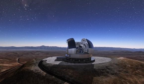 Extremely Large Telescope (ELT) in Chile mit von AGC Glass Europe beschichteten Spiegeln