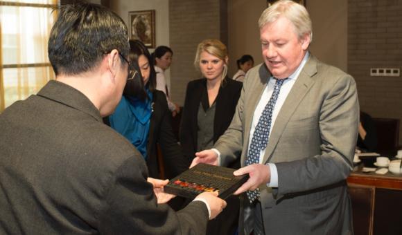 Vertikale und kompakte Windkraftanlage von Fairwind